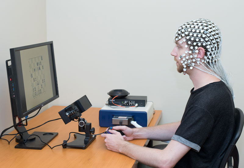 EGI EEG and EyeLink Eye Tracker Integration